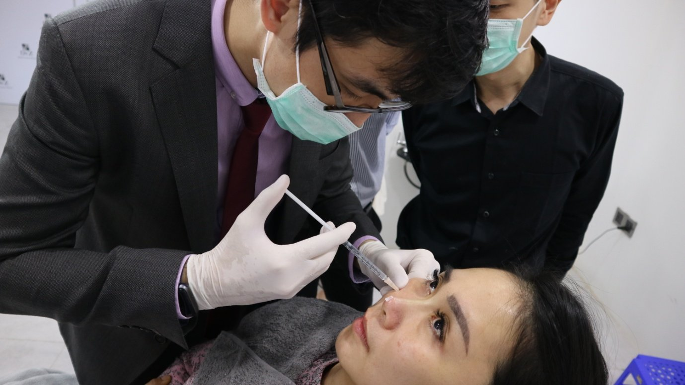 Dr CY Chua Training Nose Threads